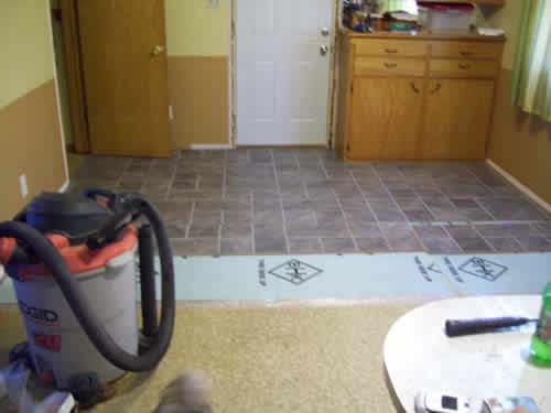 Laminate floors laminate flooring installation company for Laminate wood flooring installation companies